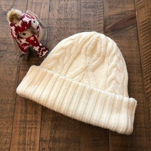 Isotoner Women's Knit hat